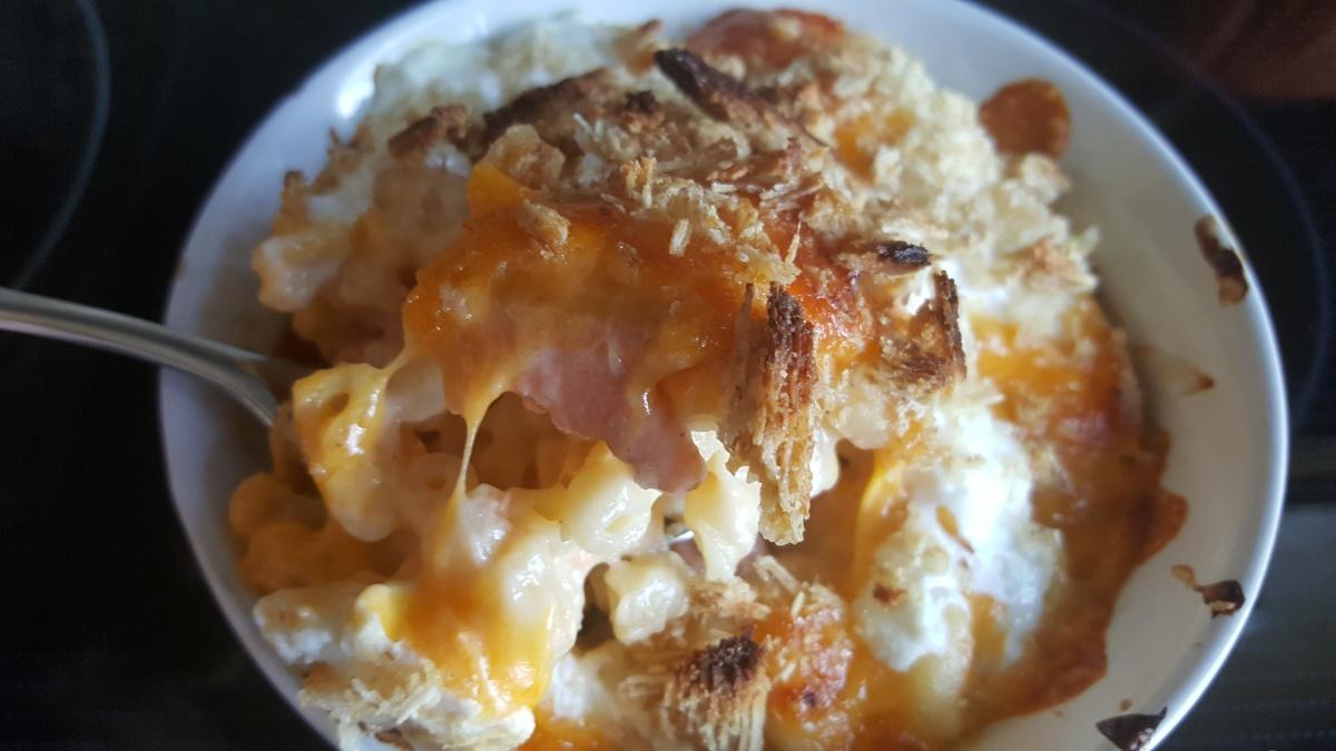 Smoked Salmon Mac & Cheese